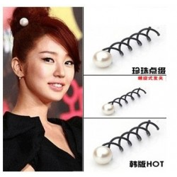 Screw Hair clip with pearl design